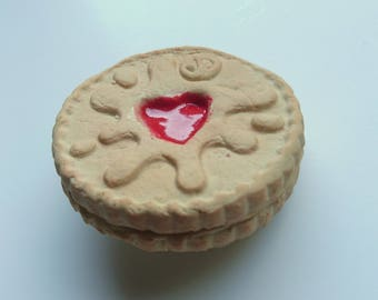 Jammie Dodger (reproduction) Polymer Clay Fridge Magnet