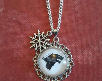 House Stark cameo necklace - silver plated setting