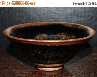 Contributed Southern Song Sung Dynasty black 'hare's fur' temmoku porcelain tea bowl  南宋福建供御兔毫盏
