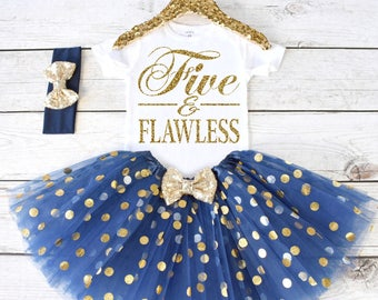 Five and Flawless. Girls Birthday Outfit. Tutu Set. Birthday Shirt. Birthday Tutu Outfit. Birthday Outfit Girl. 5th birthday. S5 5BD (NAVY)