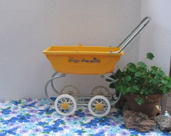 Vintage Suzy Homemaker Doll Carriage Doll Stroller Doll Bed Yellow No. 94128 No Top