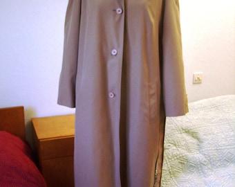 Trench coat, Brown waterproof mid-season, 1970's, women size XL 48/50