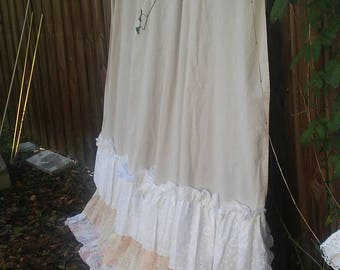 Shabby Chic Shower Curtain/Cottage Chic/Bathroom/Curtain/Nordic/Linen/Ruffles/Lace/Rachel Ashwell/Curtain/Vintage Eyelet/Cabbage Roses