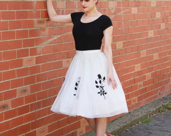 WINTER SALE 20% OFF Vintage 1950s Ivory Fairy Skirt / Chiffon / Black Floral Rose Applique / Xs/S