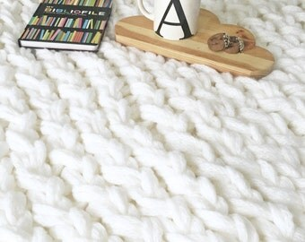 Chunky Knit Blanket, Chunky Knit Throw, Lap Blanket - Hand Knit (White)