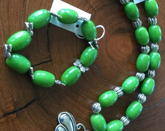 NATURAL STONE NECKLACE with matching bracelet