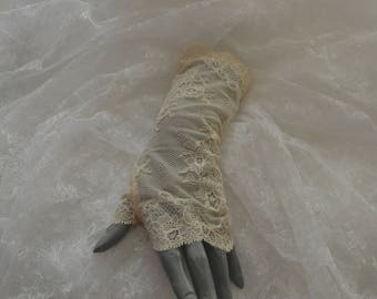 Clearance - 27% cream lace, lace wedding fingerless gloves arm warmers fingerless gloves