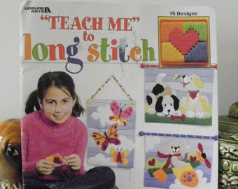 Teach Me To Long Stitch For Plastic Canvas - Extra Easy Instructions Just For Kids! - 15 Designs By Leisure Arts - Butterfly, Dog, Hearts
