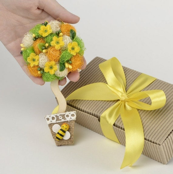 Eco Wedding Gift Magnet Yellow Wedding Favors Fridge Magnet