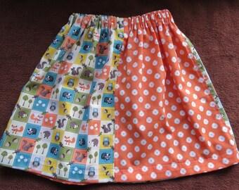 Girls skirt with adjustable waist.