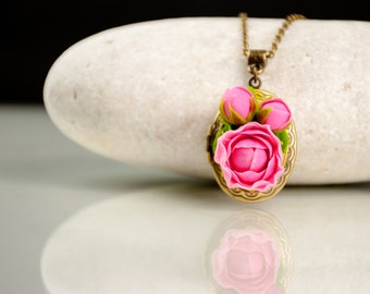 Valentines gift for her Pink peony necklace Valentines day locket pendant Peony jewelry Photo locket necklace Floral necklace Flower pendant