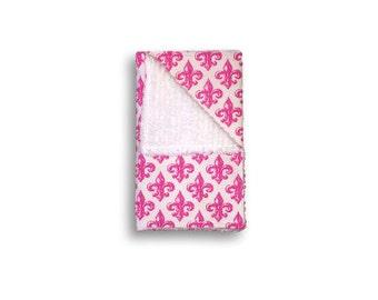 """Burp Cloth """"Hot Pink Fleur-De-Lis"""" ~ Baby/Toddler/Drool//Lily//NOLA//New Orleans//Saints//Flower//Fleur De Lis//White"""