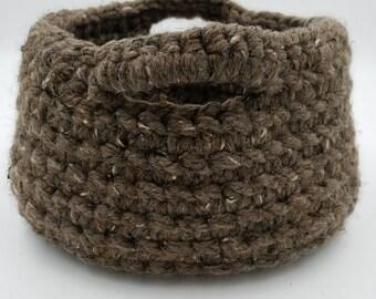 Crocheted Basket, Chunky Crocheted Basket, Storage Basket, Decorative Basket, Organizer Basket, Crochet Basket with Handles, Gift Basket