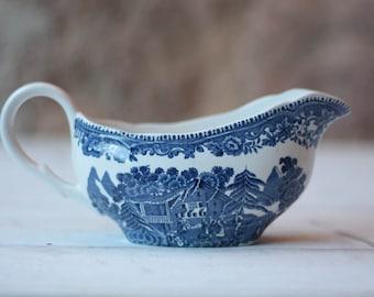 Vintage Wedgwood Blue and White Floral Porcelain Sauce Boat, Gravy Boat - Avon Cottage