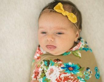 Hairbow, Baby Bow, Mustard Yellow Bow, Nylon Headband, Baby Gift, Arrow Print, Baby Girl, Baby Headbow, Baby Bow Headband