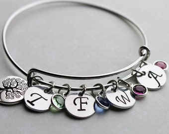 family tree bracelet, personalized family tree bracelet, family tree jewelry, family tree bangle, family tree initial and birthstones