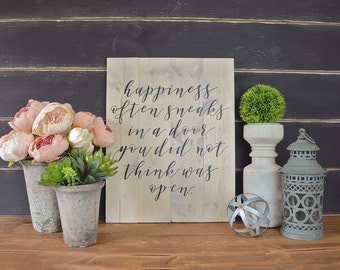 Happiness Often Sneaks Wall Hanging, Rustic Home Decor, Farmhouse Decor, Farmhouse Signs, Fixer Upper Decor, Rustic Signs, Inspirational