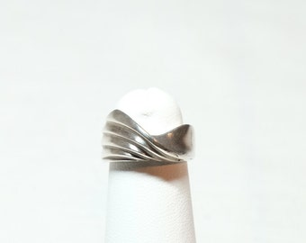 sterling silver sculptural modernist ring approximately size 5