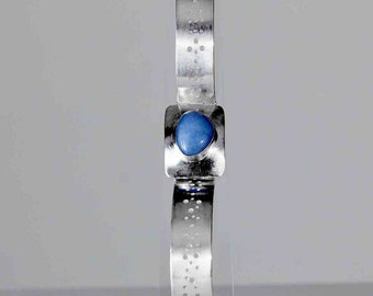 Beautifully crafted, Women's Silver Hinged Bracelet with Blue Larimer GemStone, Hallmarked by the Goldsmith Company London Assay office.
