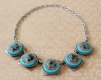 Vintage Mid Century Turquoise and Glitter Lucite Bib Statement Necklace Silver Tone