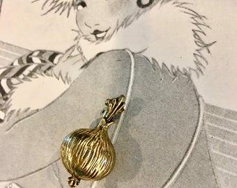 Zentall Onion Flower Pin//Gold Tone Pin//Nice Lapel Pin//Vintage Zentall Pin