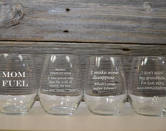 Gifts for Mom / Christmas Gift Mom / Stemless Wine Glass Mom / Gifts for Grandma / Mom Glass / Grandmother / What to gift Mom / Mom Gift