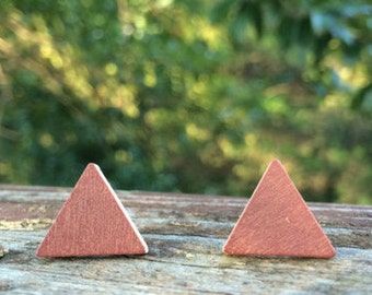 Copper Brown Triangle Wood nickel-free earrings - 17mm