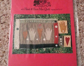 Hand and Heart Mini Quilt #77 by Patrice and Company - Homespun Muslin Mini Quilt Stitchery Wall Hanging and Ornaments - Uncut Craft Pattern
