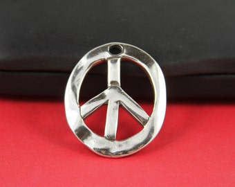7/7 MADE in EUROPE zamak Peace sign pendant, Mercedes sign pendant, silver pendant (Ablz88S) Qty1