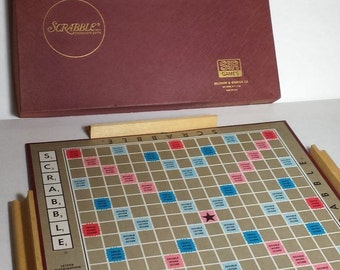 Scrabble, vintage edition, Like New, 1971 Selchow and Righter