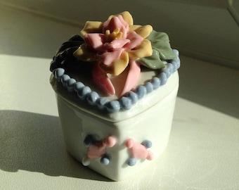 Beautiful Heart shaped Trinket box