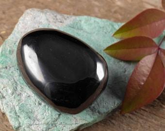 1 Large Tumbled JET Stone - Tumbled Stone, Healing Crystal, Healing Stone, Black Amber, Black Stone, Petrified Wood, Root Chakra Stone E0336