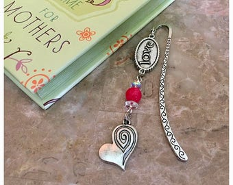 Love Bookmark, Silver Beaded Bookmark, Heart Bookmarks, Bookmark Hook, Book Accessories, Charm Bookmark, Gift For Readers