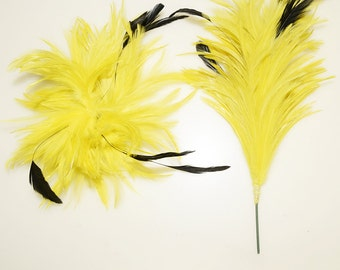 A piece of  Feathers Applique with Wire Craft Supplies Feathers YM459