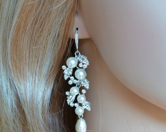 Vintage Inspired Crystal Rhinestone and Pearl Chandelier Dangle Earrings, Bridal, Wedding (Pearl-783)