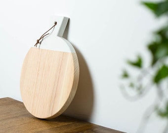 Wood with leather strap / / minimalist cutting board with white lacquer / / geometric Board to the cutting & serving / breakfast Board