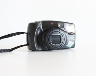 Vintage PENTAX ZOOM 105 Super 35mm Camera