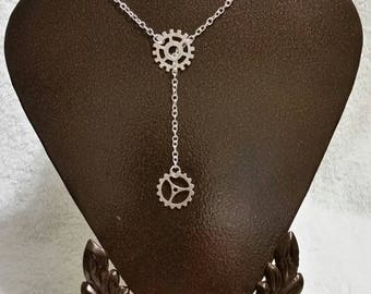 Steampunk lariat necklace with silver toned metal gears
