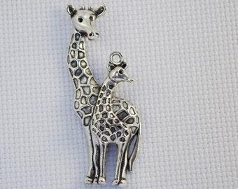 Mother and Baby Giraffe Needleminder / Giraffe Needleminder / Animal Needleminder