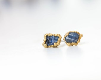 Raw Sapphire Earring, Blue Sapphire Earrings, September Birthstone Earrings, Raw Crystal Earrings, Rough Sapphire Earrings, SAP/E-G-R