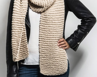 Chunky scarf hand knitted from the finest mix of alpaca and wool yarn in beige