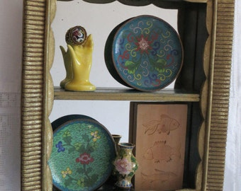 Vintage Syroco Mirror Back Shadow Box / Curio Shelf in Cottage Chic or Shabby Chic Style
