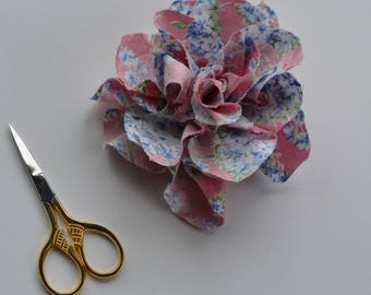 Pink Floral Flower Pin - Flower Broach - handmade Broach