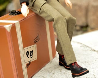 Momoko clothes, Barbie clothes, cargo pants for Momoko, cargo pants for Barbie Curvy, Barbie Tall, Barbie Petite, Barbie, Beige or kaki