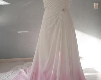 Trendy wedding dress by Amanda Wyatt with Dip Dye Ombre effect 38/40