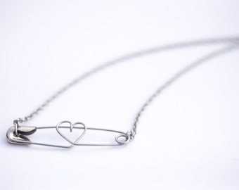 Safety Pin Necklace - HEART <3