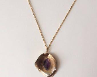 Vintage 1960's Tulip Petal Necklace Purple Amethyst Stone
