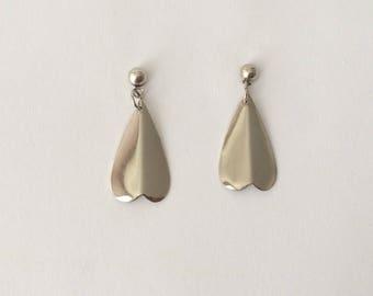 Vintage 1970's Modern Minimalist Simple Silver Wing Petal Shaped Dangle Drop Earrings