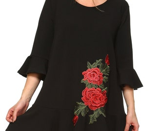 Rose Embroidery Tunic(Black)