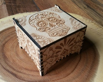 Day of the Dead Trinket Box / Wooden Trinket Box / Wooden Box / Skull Box / Skull / Halloween / Mexican / Jewellery Box